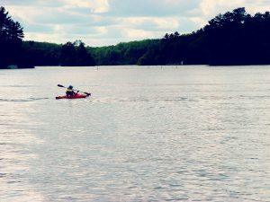 RHI woman kayak