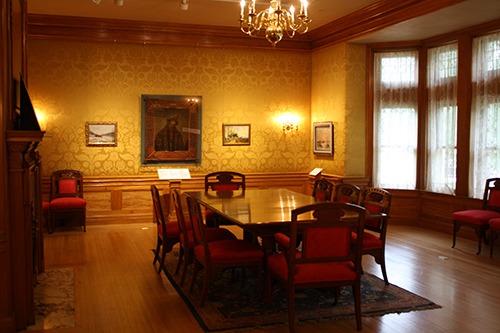 Oshkosh Public Museum